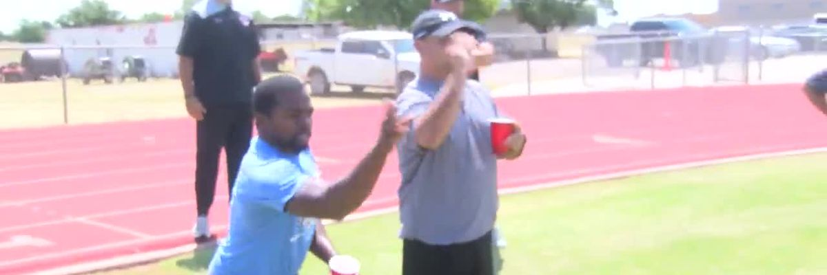 I Beat Pete: Grape Olympics in Brownfield against Cub coaches