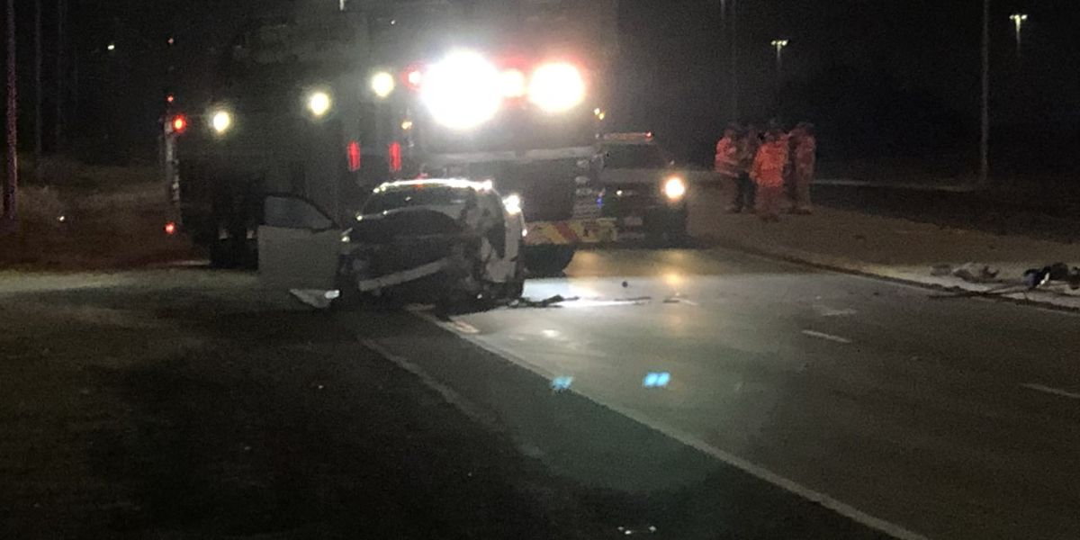 Minor, moderate injuries reported after Monday night crash