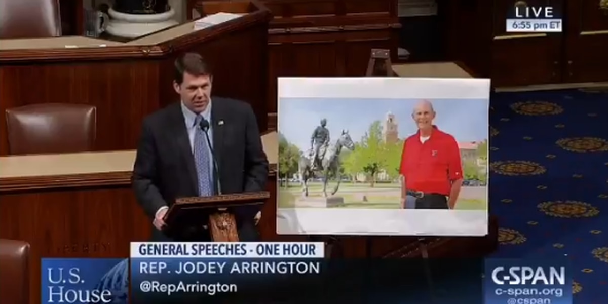 Arrington wishes happy birthday to Tech professor Bill Dean while on House floor