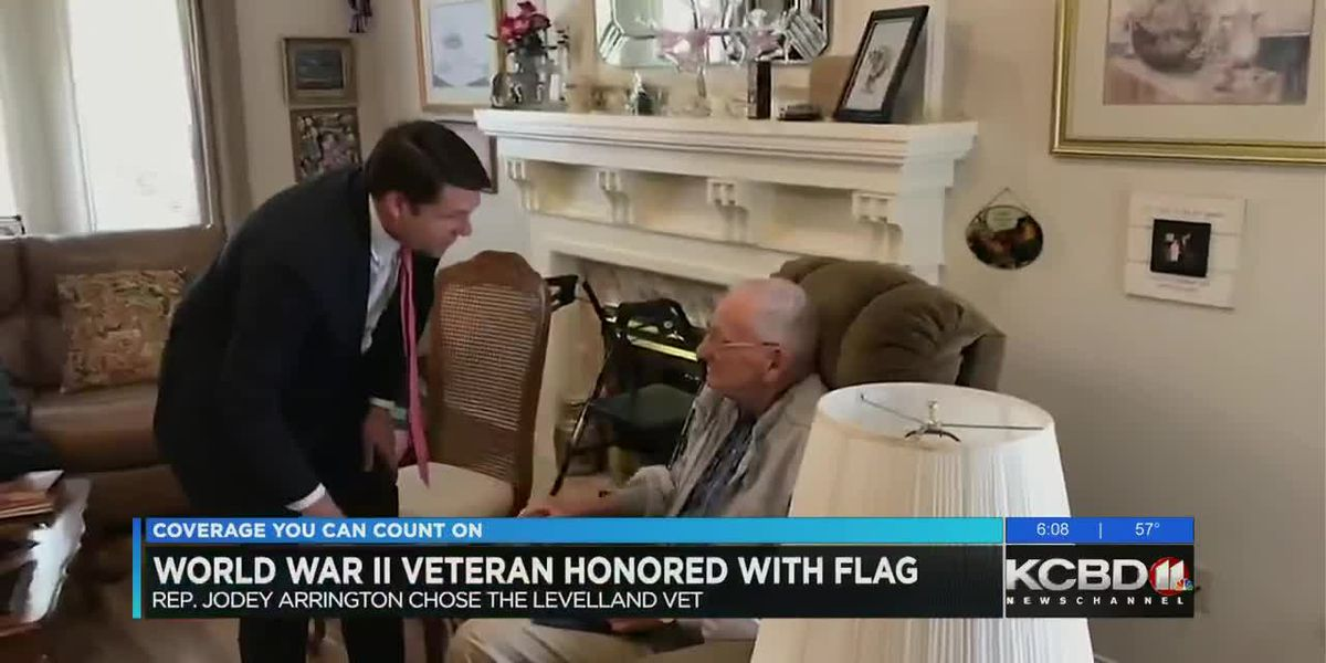 Arrington awards flag to 99-year-old veteran