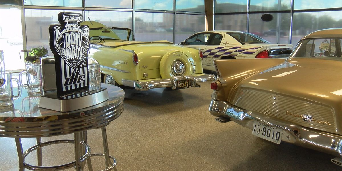 Floydada's Don Hardy continues work on classic cars