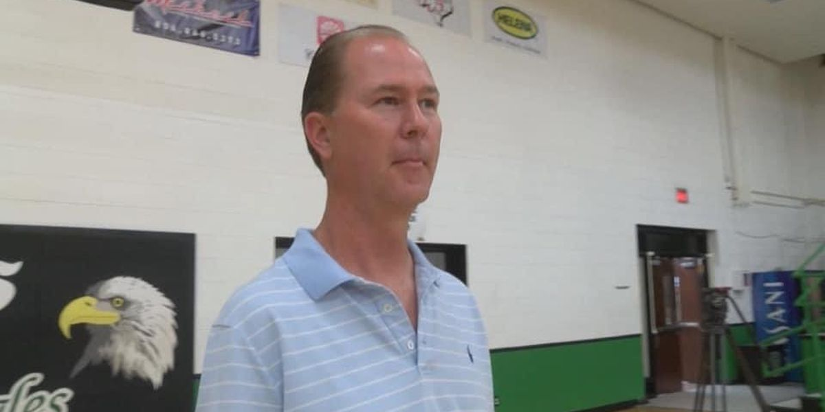 Leland Bearden retires after 31 years of coaching