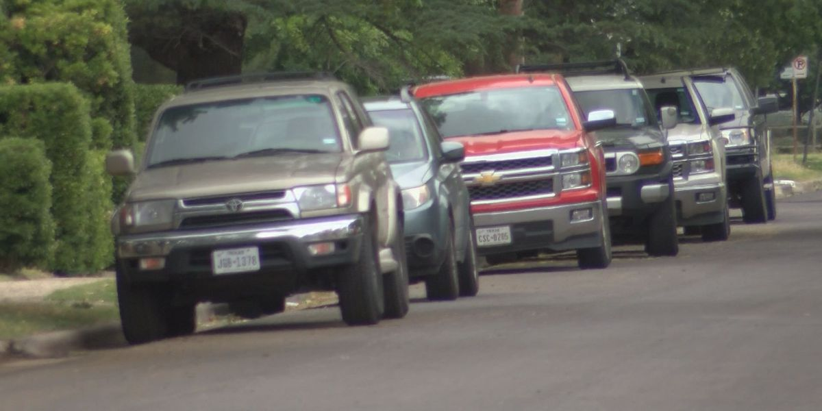 UPDATE: '3-ft' parking ordinance passes, but Lubbock Police say it will be complaint driven enforcement