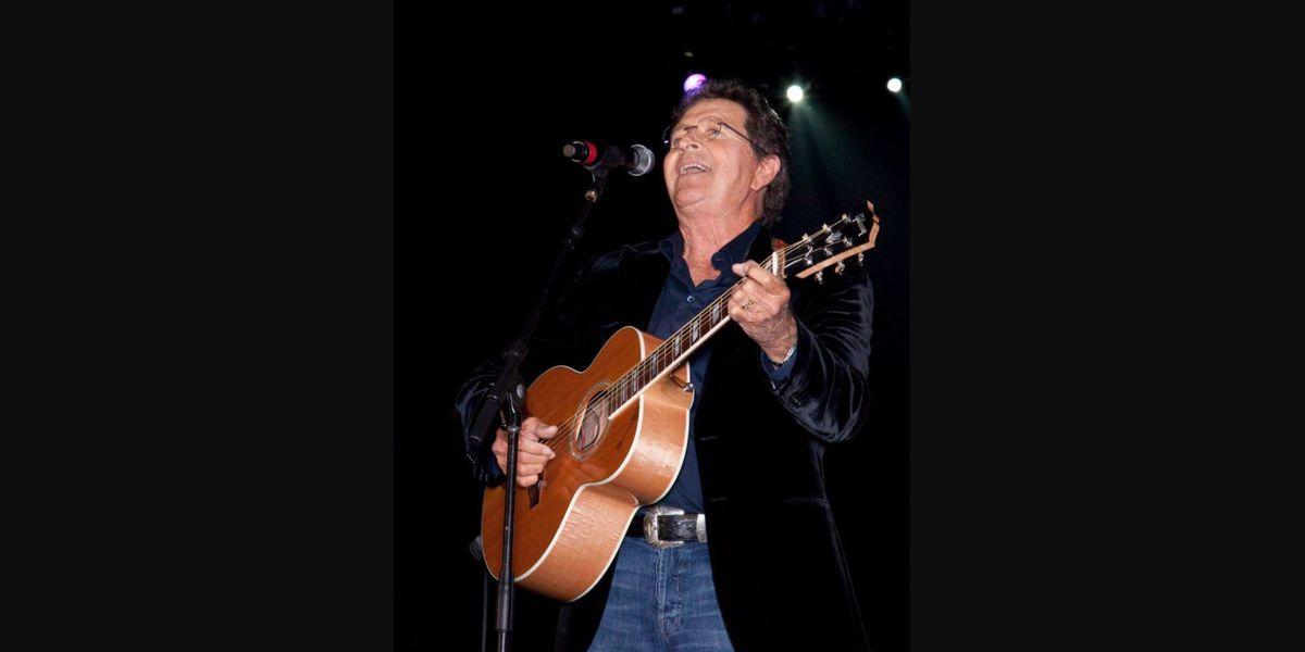 Mac Davis buried in Lubbock, Texas... in his jeans