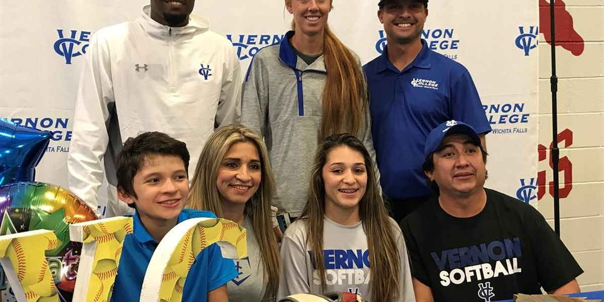 Coronado High's Stonie Carrillo signs her letter of intent