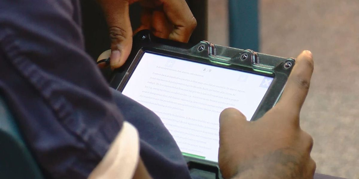 Lubbock County Detention Center using iPads to educate, rehabilitate inmates