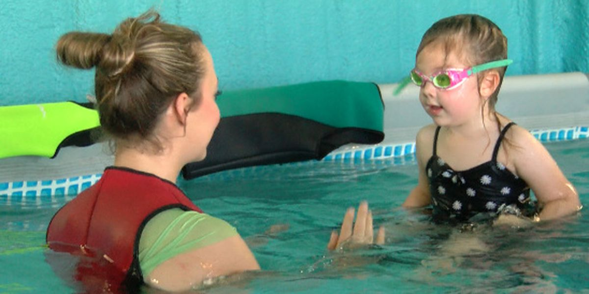 Certified aquatic instructor urging parents to get kids in swim lessons now