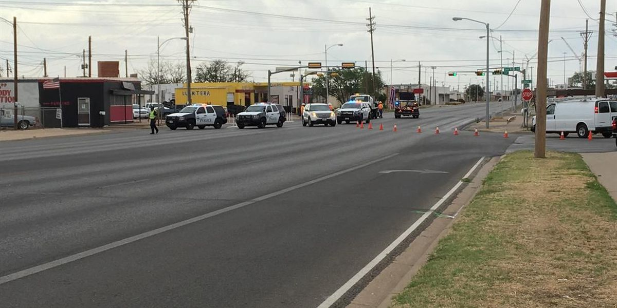 Clovis Rd. reopened after multi-vehicle crash; two injured