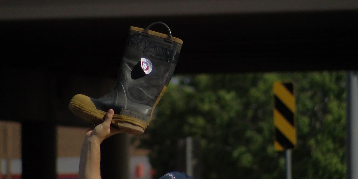 Lubbock firefighters collecting donations for MDA in Fill the Boot campaign