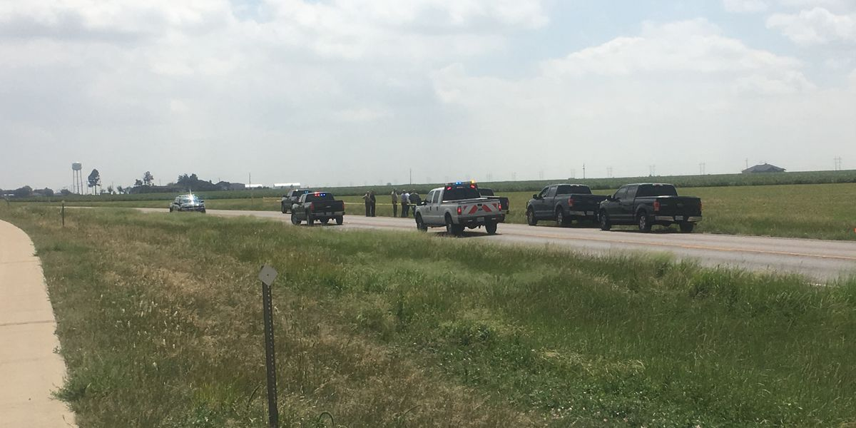 Investigation continues into body found on I-27 north of Abernathy