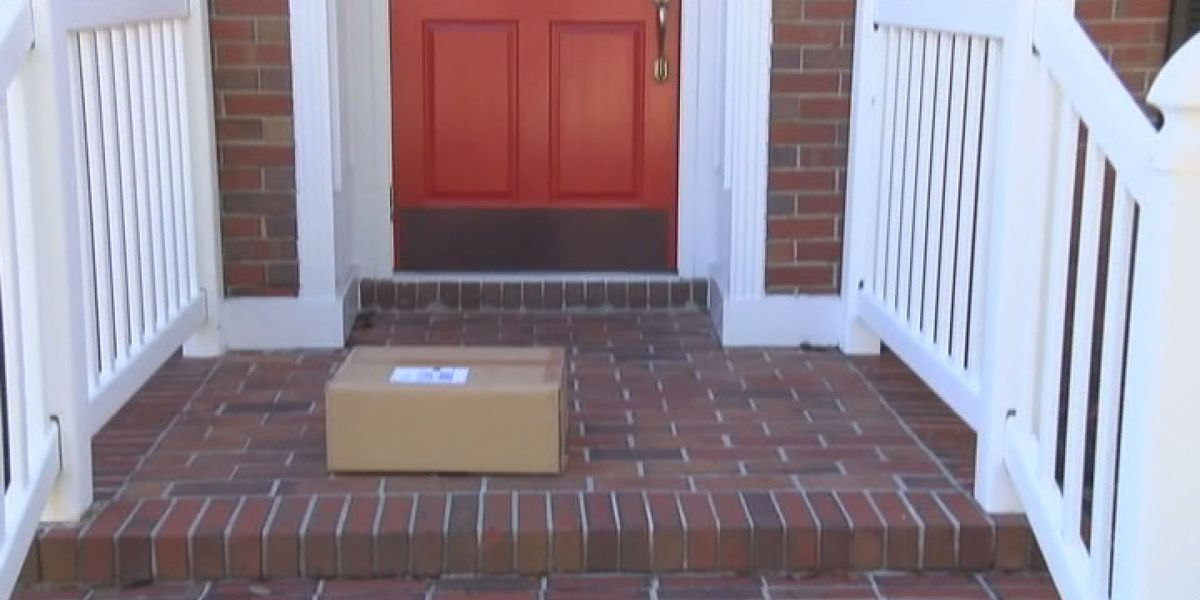 Stealing packages could result in jail time in Texas after Gov. Greg Abbott signs bill