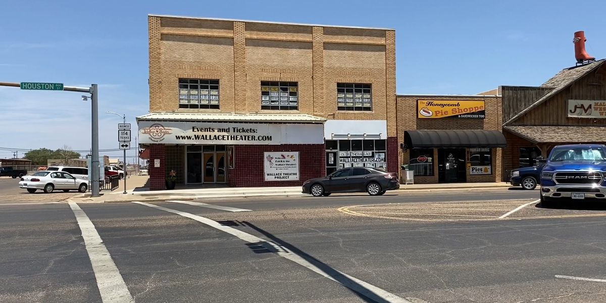Renovations continue at Levelland's Wallace Theatre