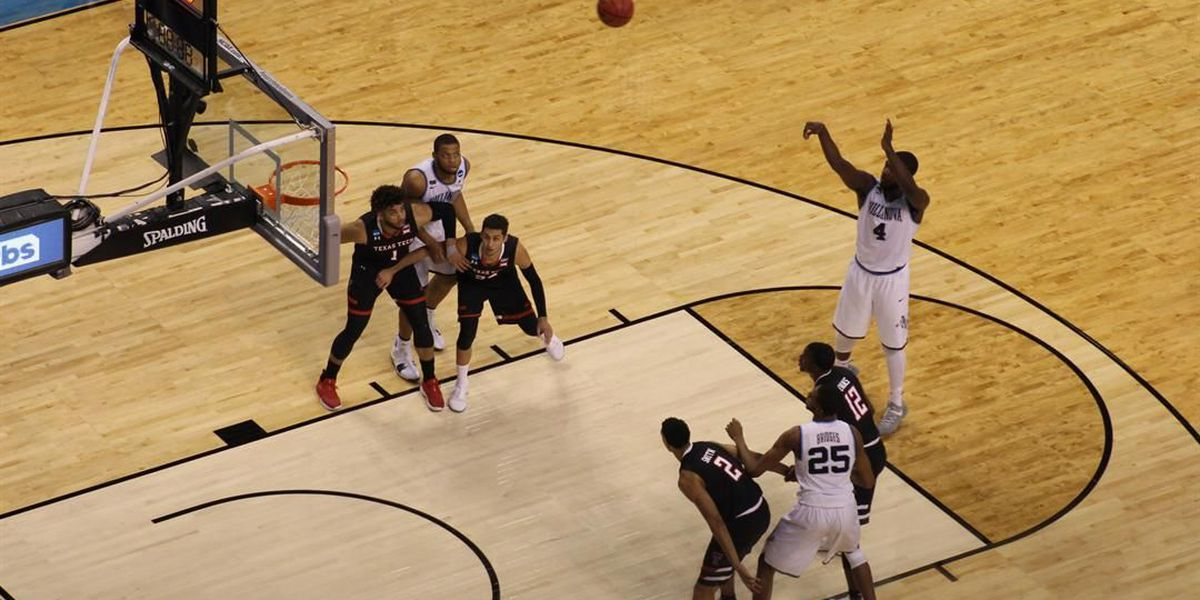 Villanova outs Texas Tech during Elite 8 game, 71-59