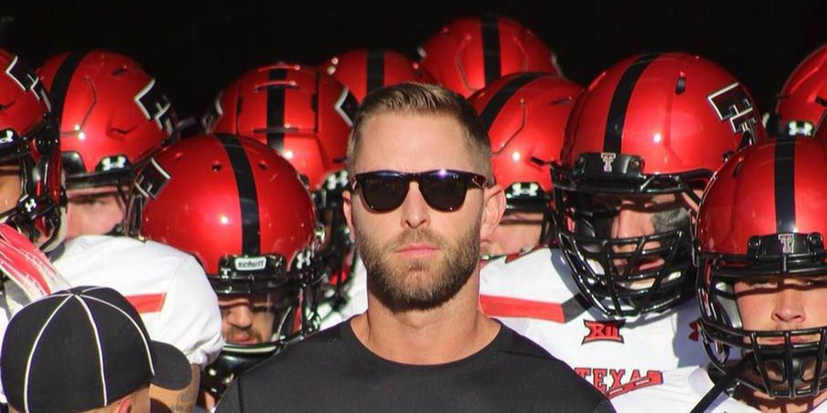 Kliff Kingsbury Wins NFL Preseason Coaching Debut