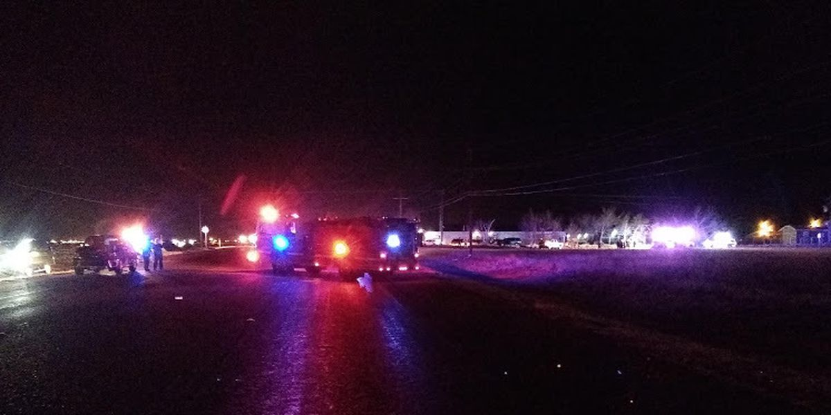 Man dead after multiple-vehicle crash near Shallowater Wednesday night