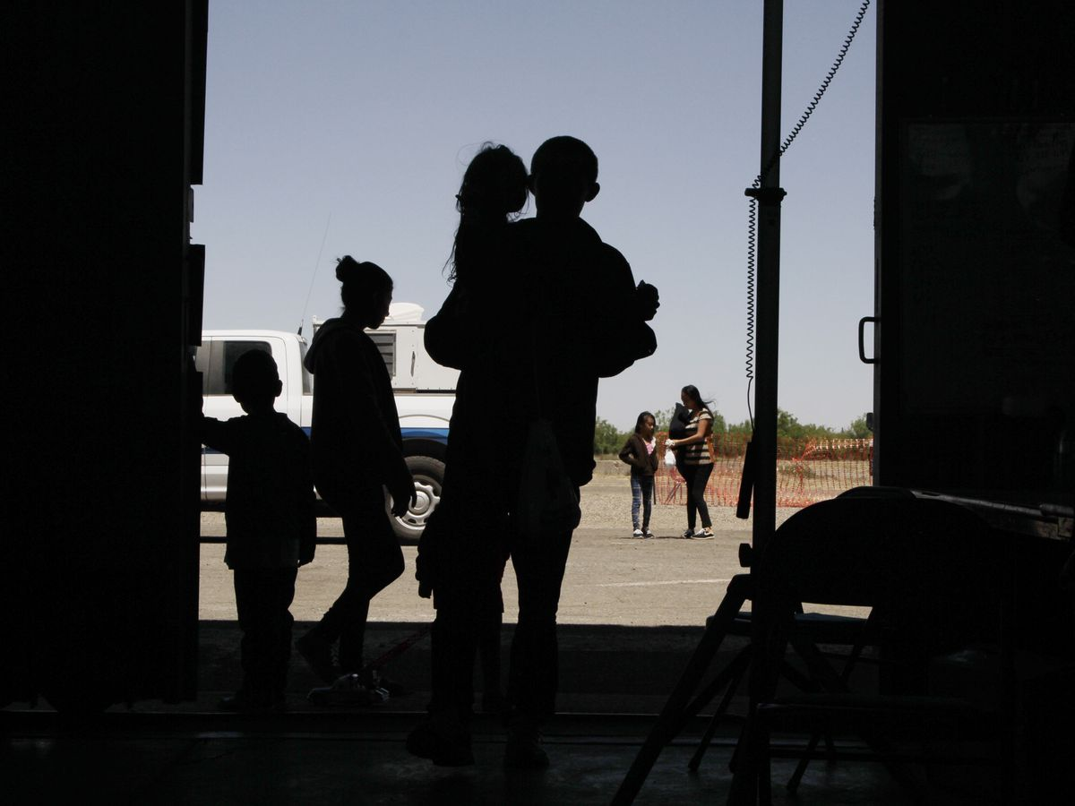 Migrant surge strains resources along the border
