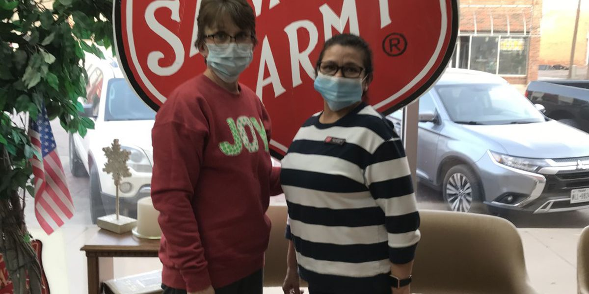 Good Samaritan spreads Christmas cheer with $100,000 check to Salvation Army in Plainview