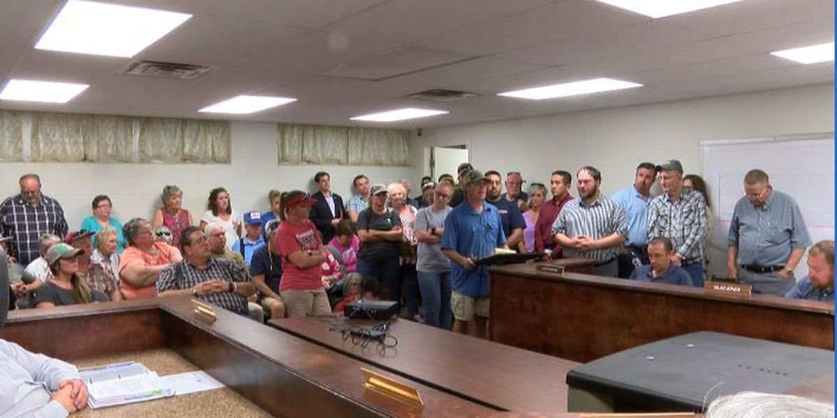 Residents react to Shallowater City Council vote to abandon city EMS services