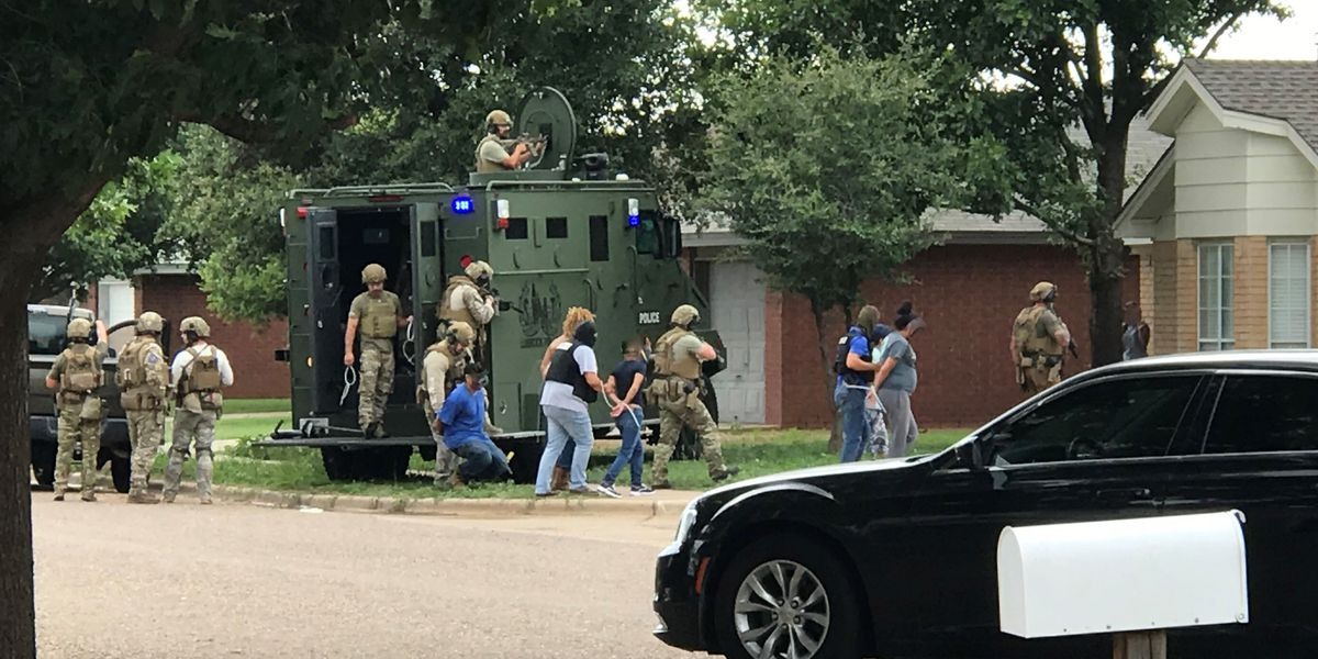 Lubbock SWAT, TAG Center assisting Hobbs Police with investigation