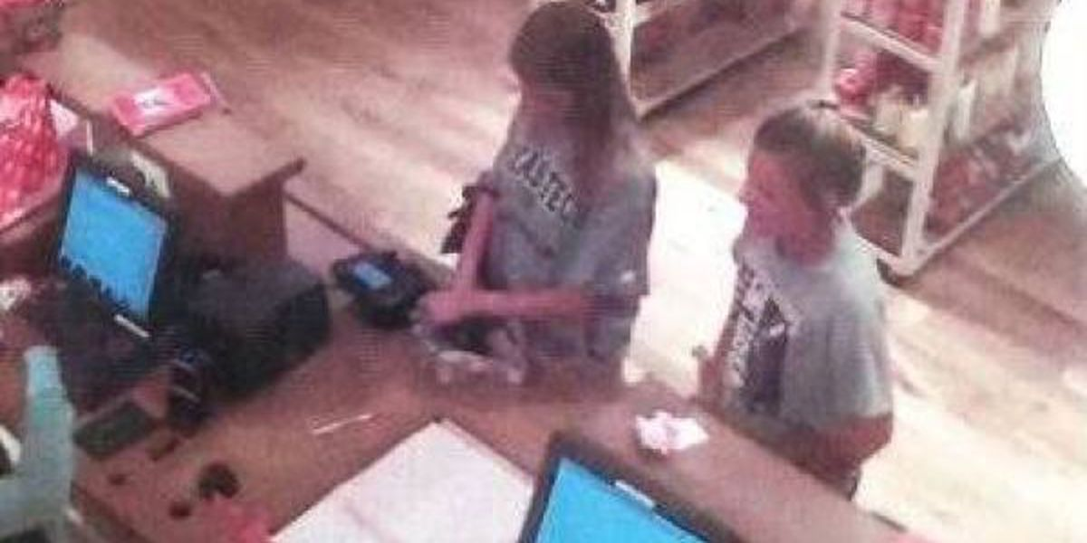Police: Suspects went on 'shopping spree' with stolen card
