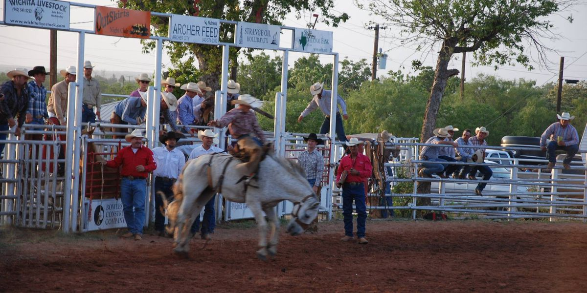 Tri-State Rodeo Junior High and High School Finals visits Levelland