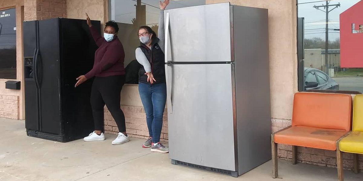 East Lubbock Art House opens community fridge for people in need