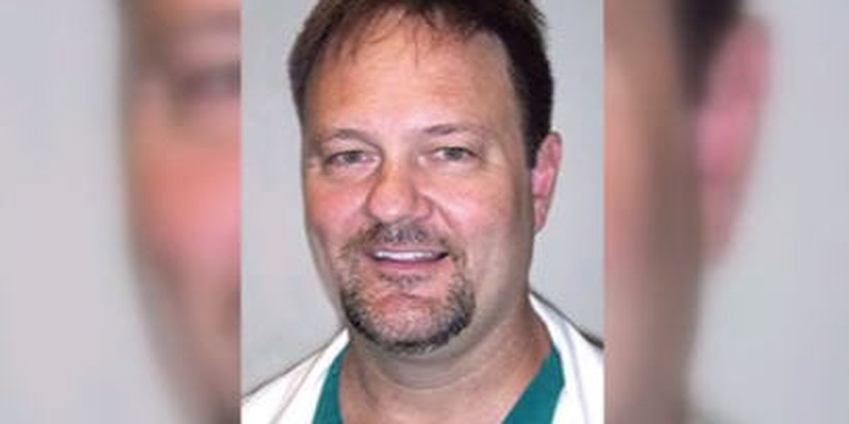 Brownfield doctor pleads guilty to distributing drugs following DEA raid