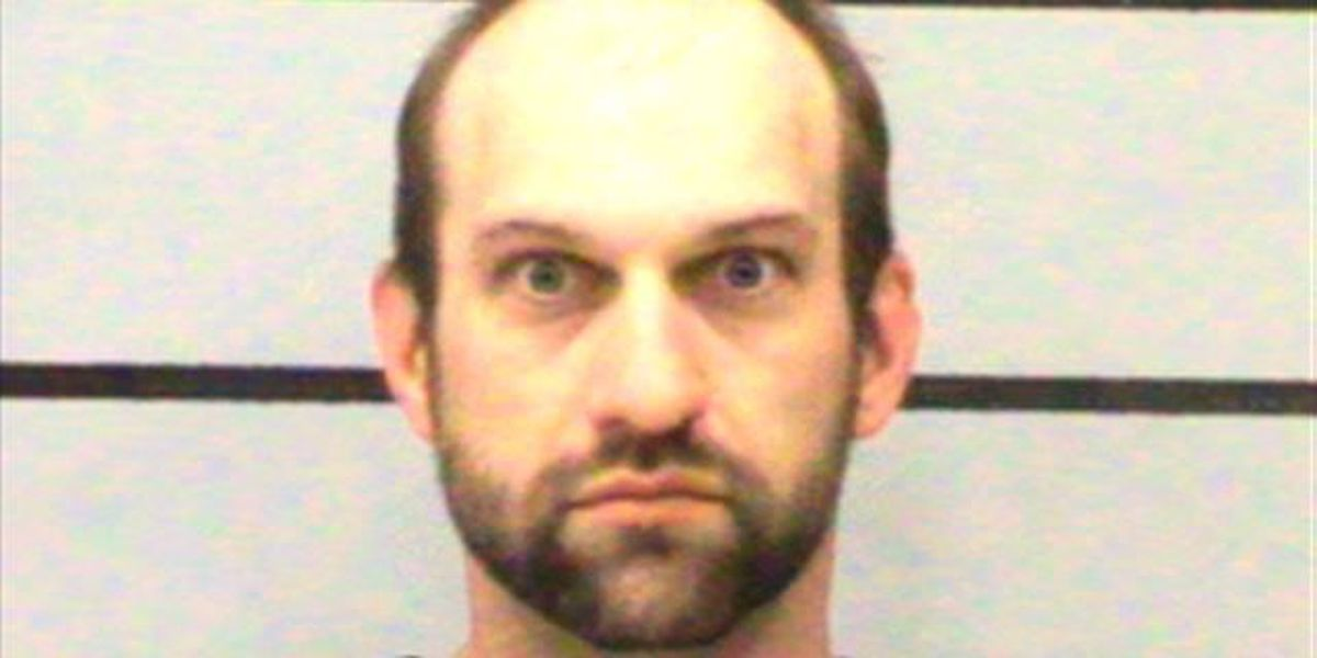 Lubbock man indicted, charged with stealing John Deere Gators