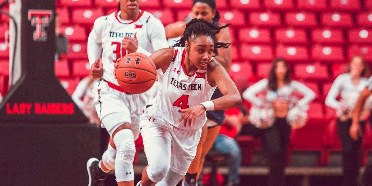 Lexi Gordon and Chrislyn Carr staying with Lady Raiders
