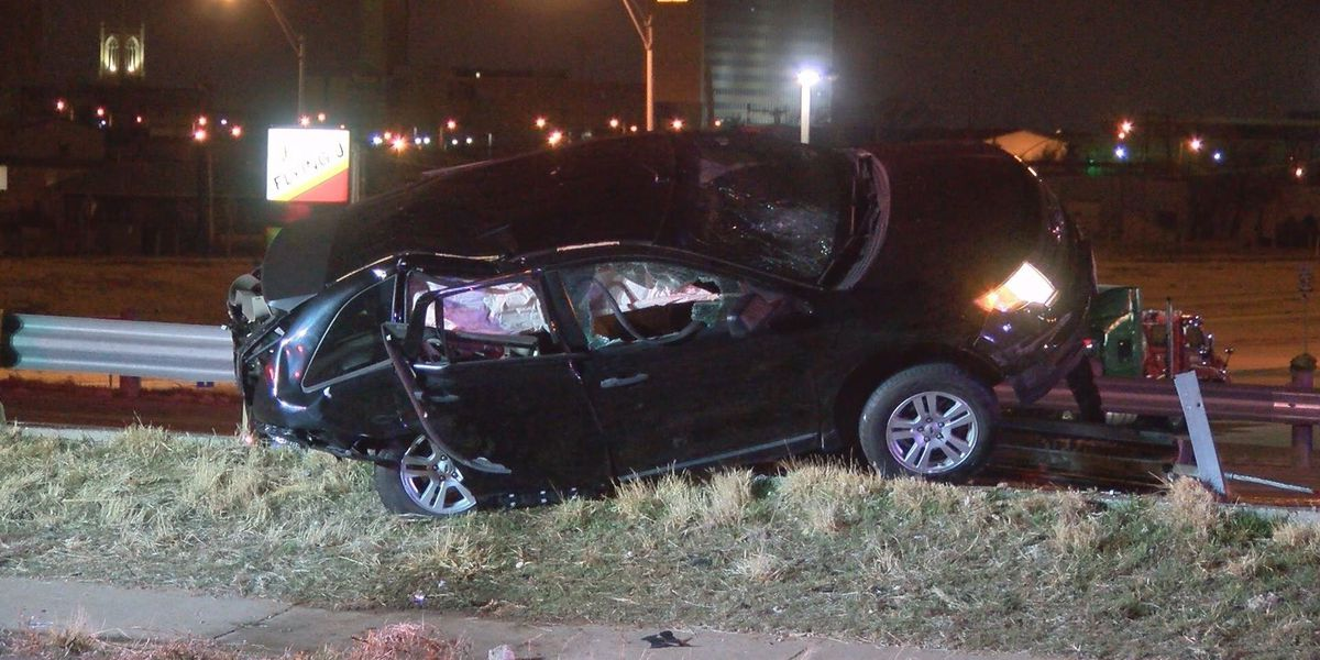 One person taken to hospital with serious injuries following early morning crash on I-27