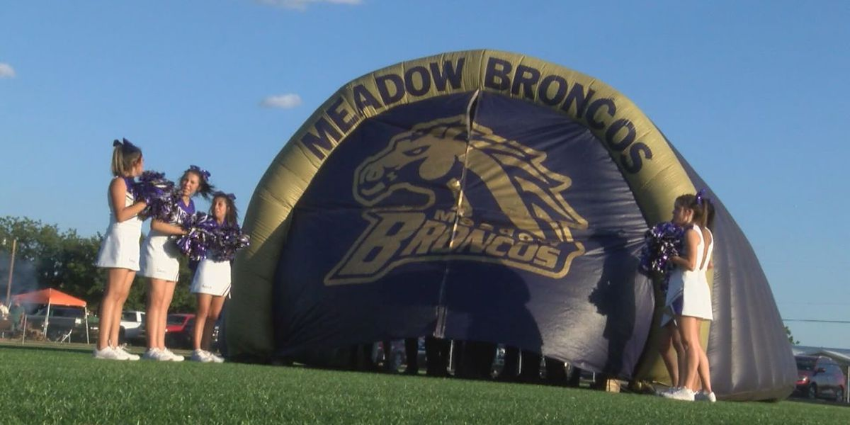 Pigskin Preview: Meadow Broncos