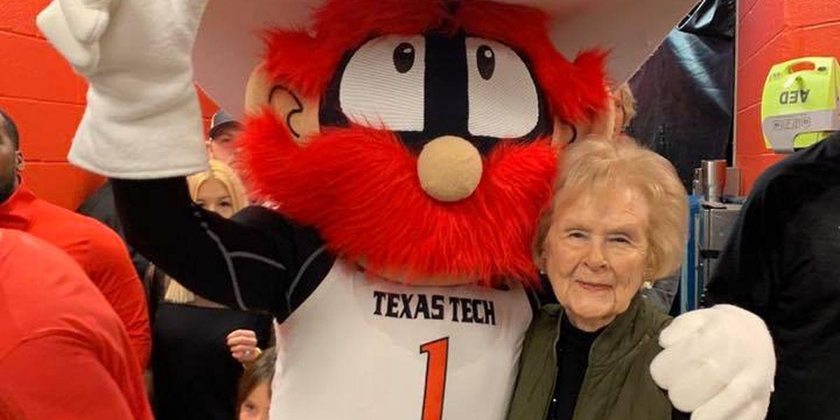 'Mom' of Texas Tech's Raider Red dies Saturday