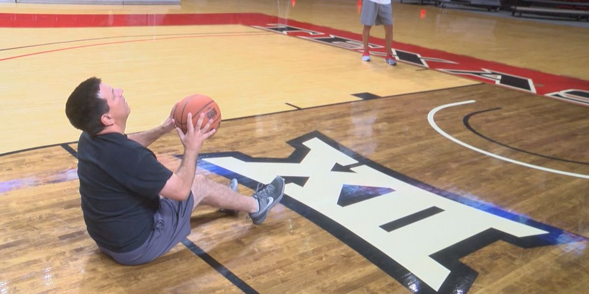 I Beat Pete: Sit Down Basketball Shots at the United Supermarkets Arena