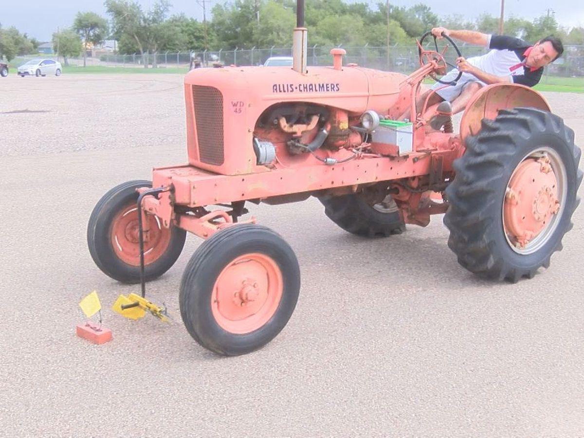 I Beat Pete: Antique Tractor Hand Crank Ring Grab