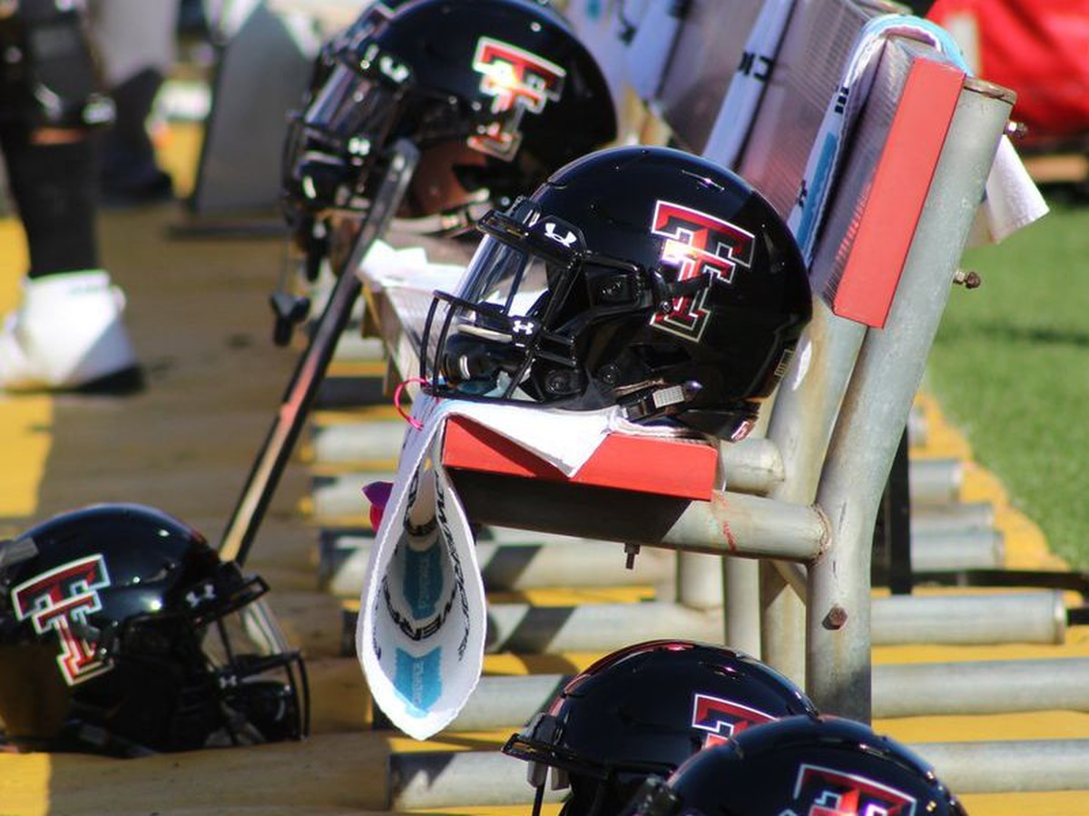 Texas Tech Football surprises eight players with scholarships
