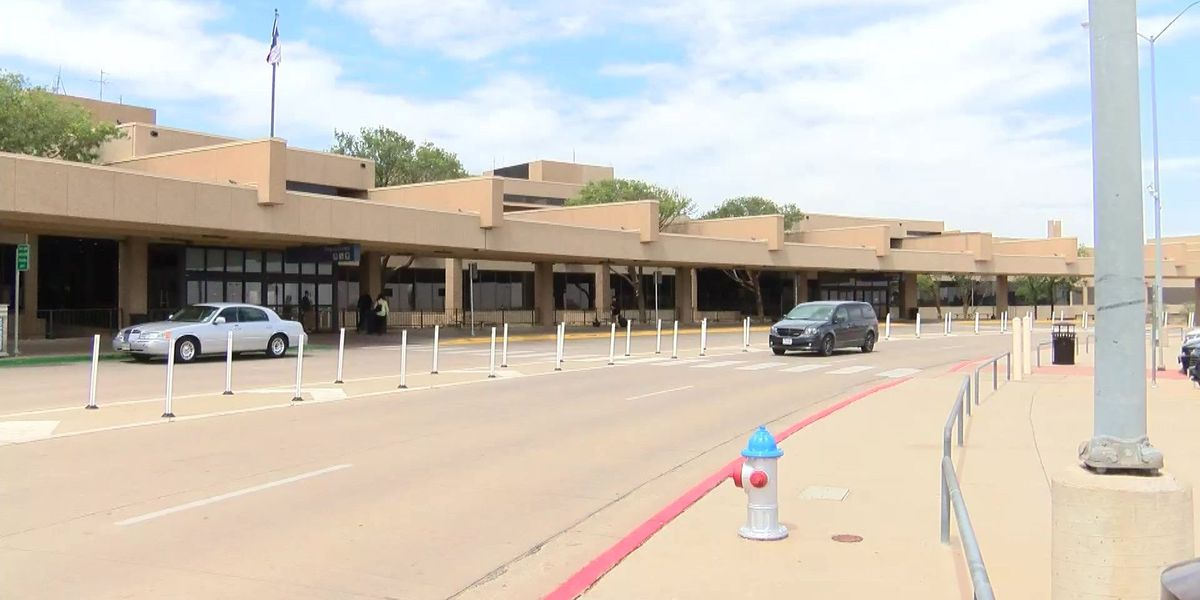 Construction disrupting parking at Lubbock airport