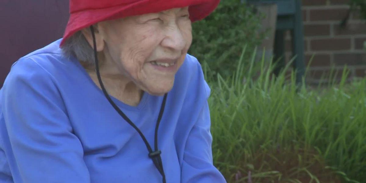 Kansas WWII veteran surprised with parade on 110th birthday