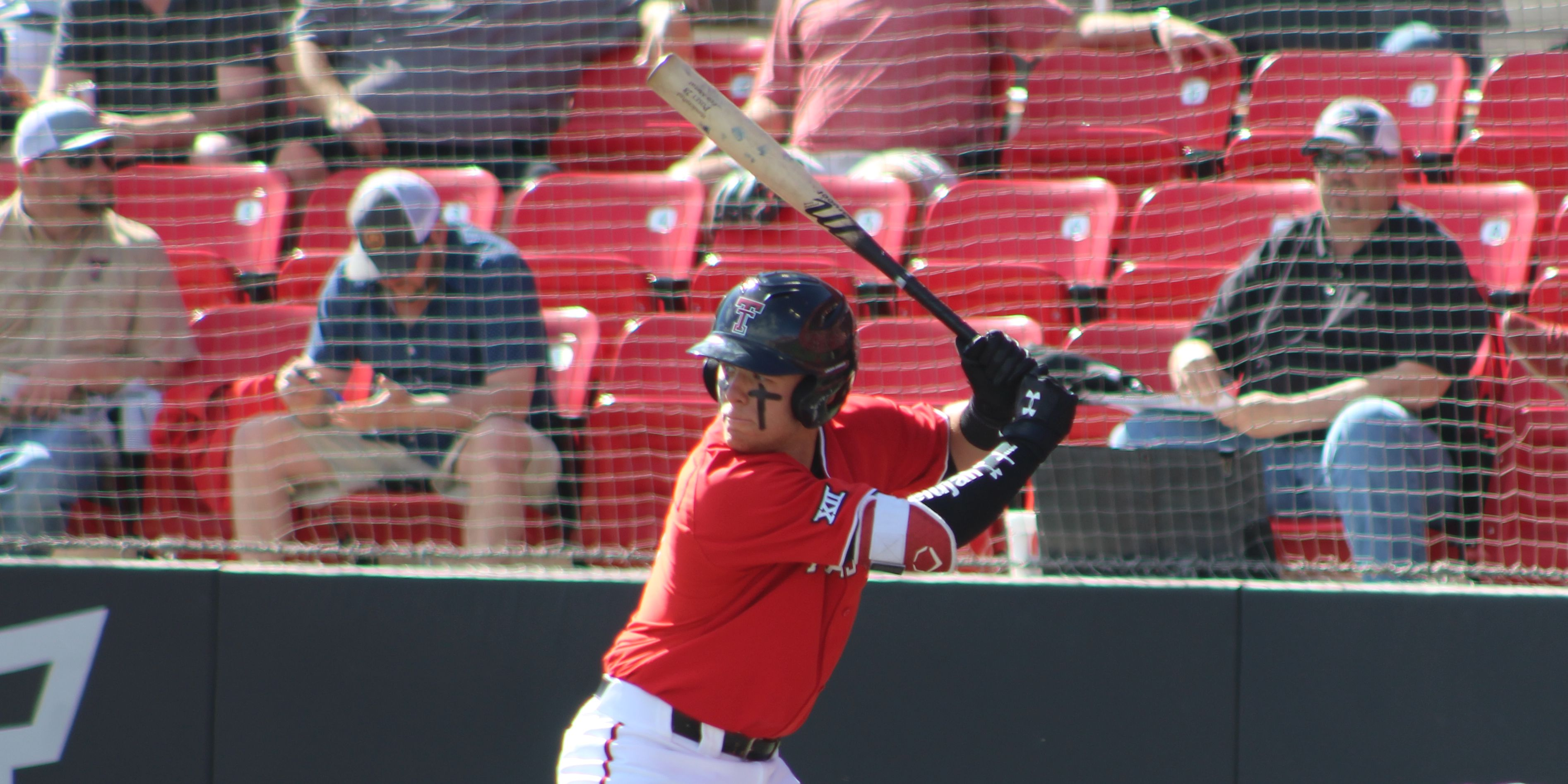 No. 3 Red Raiders close out home stand beating New Mexico State