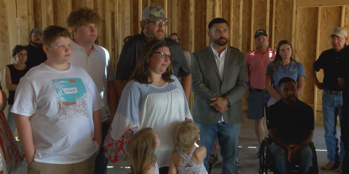 Lubbock veteran & family honored in 'notes of love' ceremony