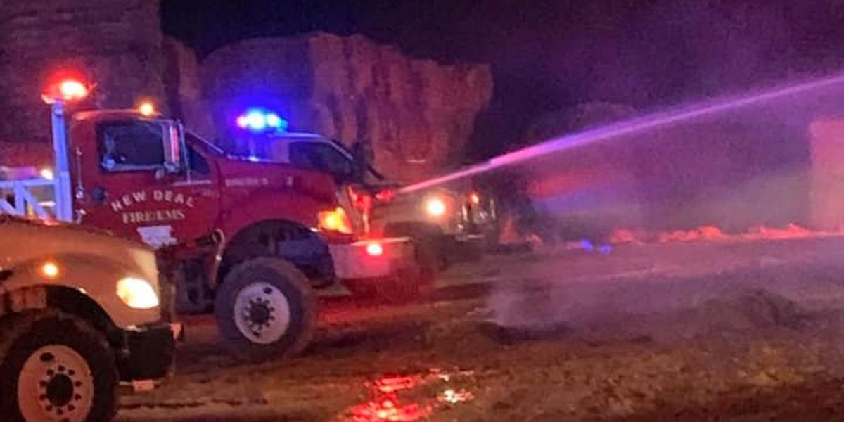 New Deal, Idalou, Roosevelt respond to overnight cotton bale fire