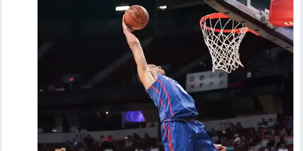 Zhaire Smith delivers highlights against Lakers