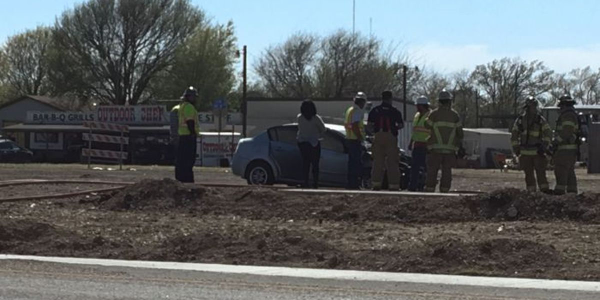 TRAFFIC ALERT: Northbound lanes of I-27 at 82nd shut down by car fire