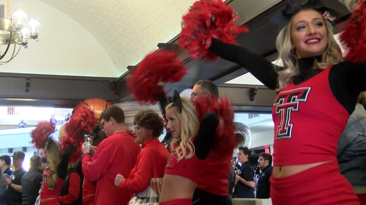 Tech fans all in as Red Raiders head to Sweet 16