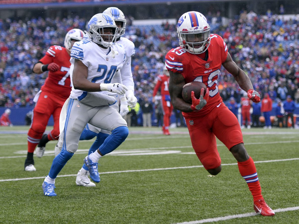 The Latest: Buffalo Bills speedy returner hurt