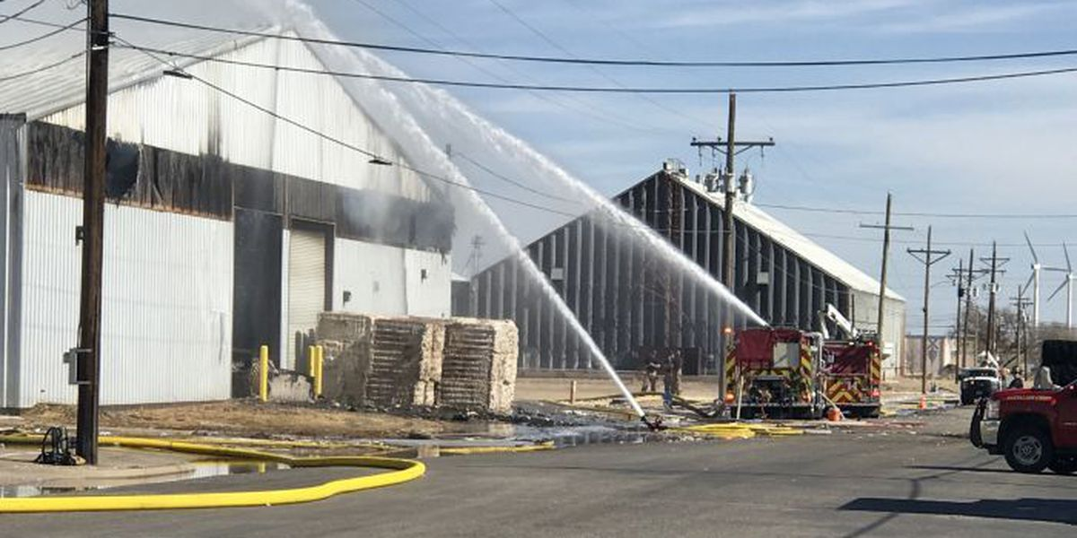 LFR fighting cotton warehouse fire at 717 E 44th