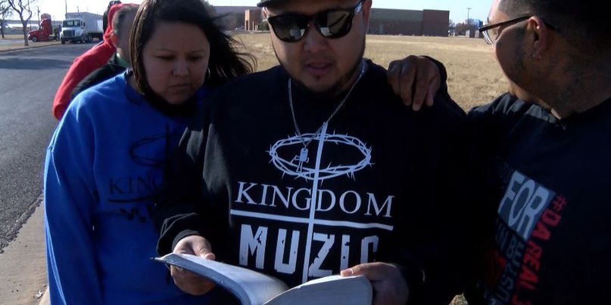 Group in search of help to spread love, toys in troubled streets of Lubbock