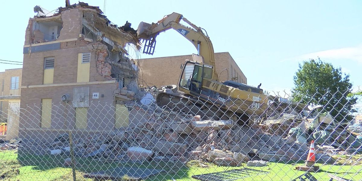 Floyd County Jail demolition sparks memories for citizens