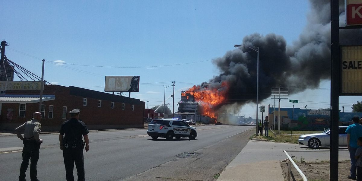 Old Flour Mill destroyed in Clovis, NM fire
