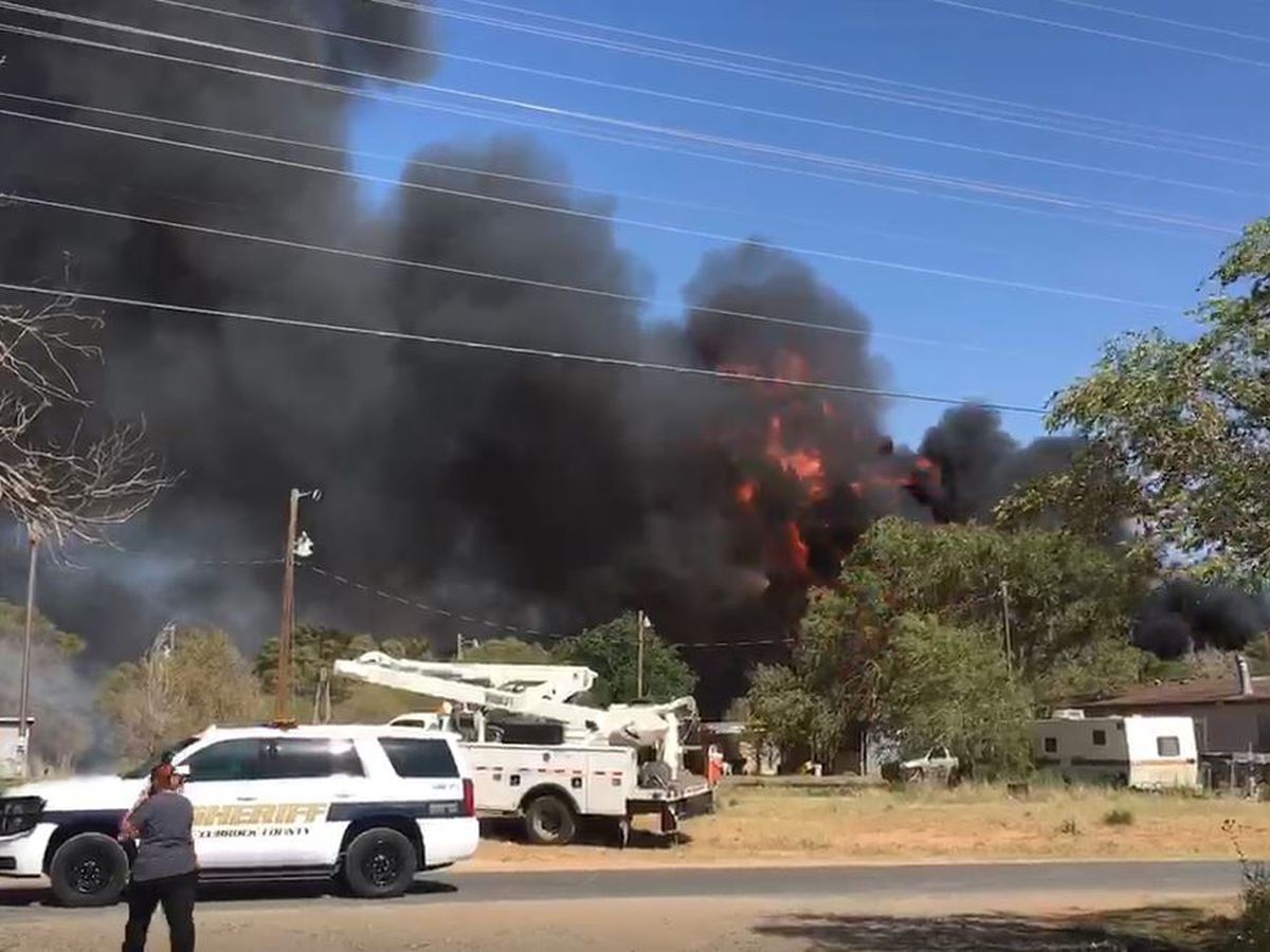 Fire still burning in East Lubbock, at least 5 homes damaged