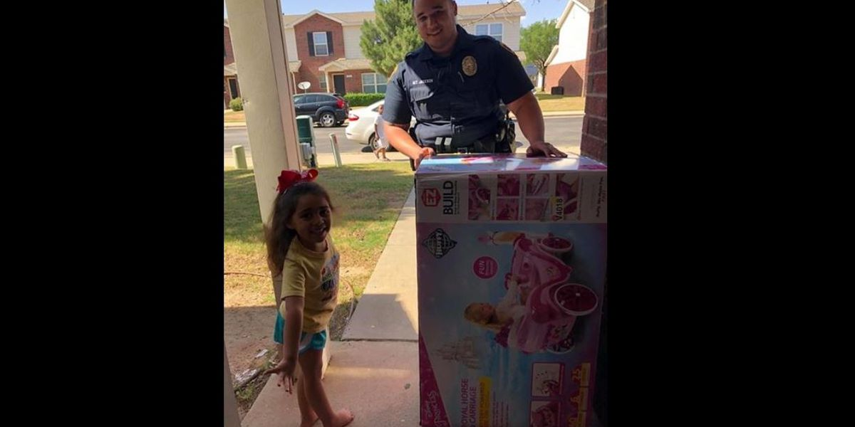 Lubbock PD Officer replaces girl's stolen bike with a Royal Ride of her own